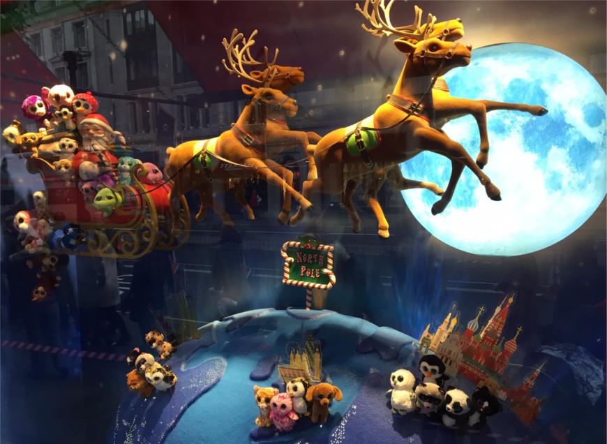 De kerstetalage van Hamleys op Regent Street