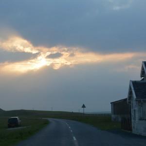 De avond treed aan op het eiland Islay.