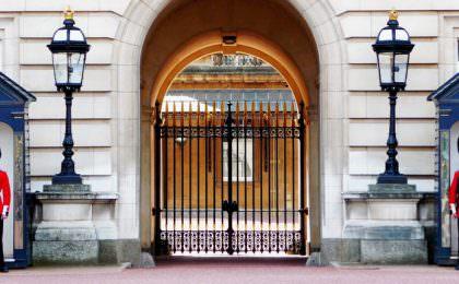 Wisseling van de wacht Buckingham Palace Londen