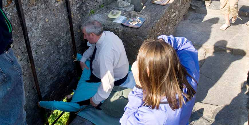 Blarney Stone kussen bij Blarney Castle