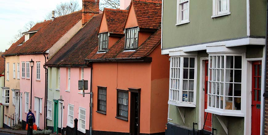 Gekleurde huizen in Dutch Quarter te Colchester