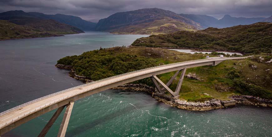 Kylesku brug langs de North Coast 500